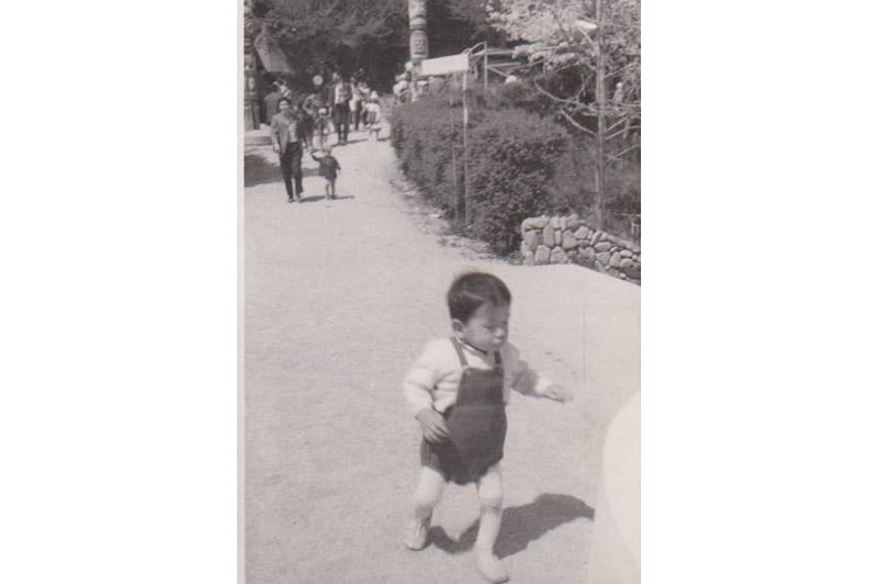 走る子供(昭和44年頃)
